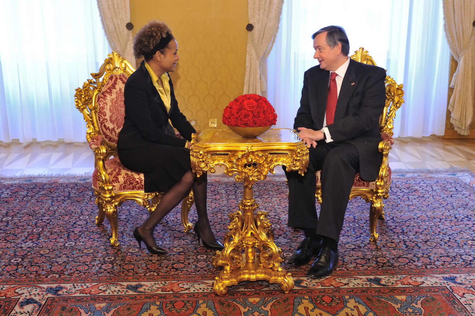 During their private meeting, Her Excellency and the President discussed relations between Canada and Slovenia.