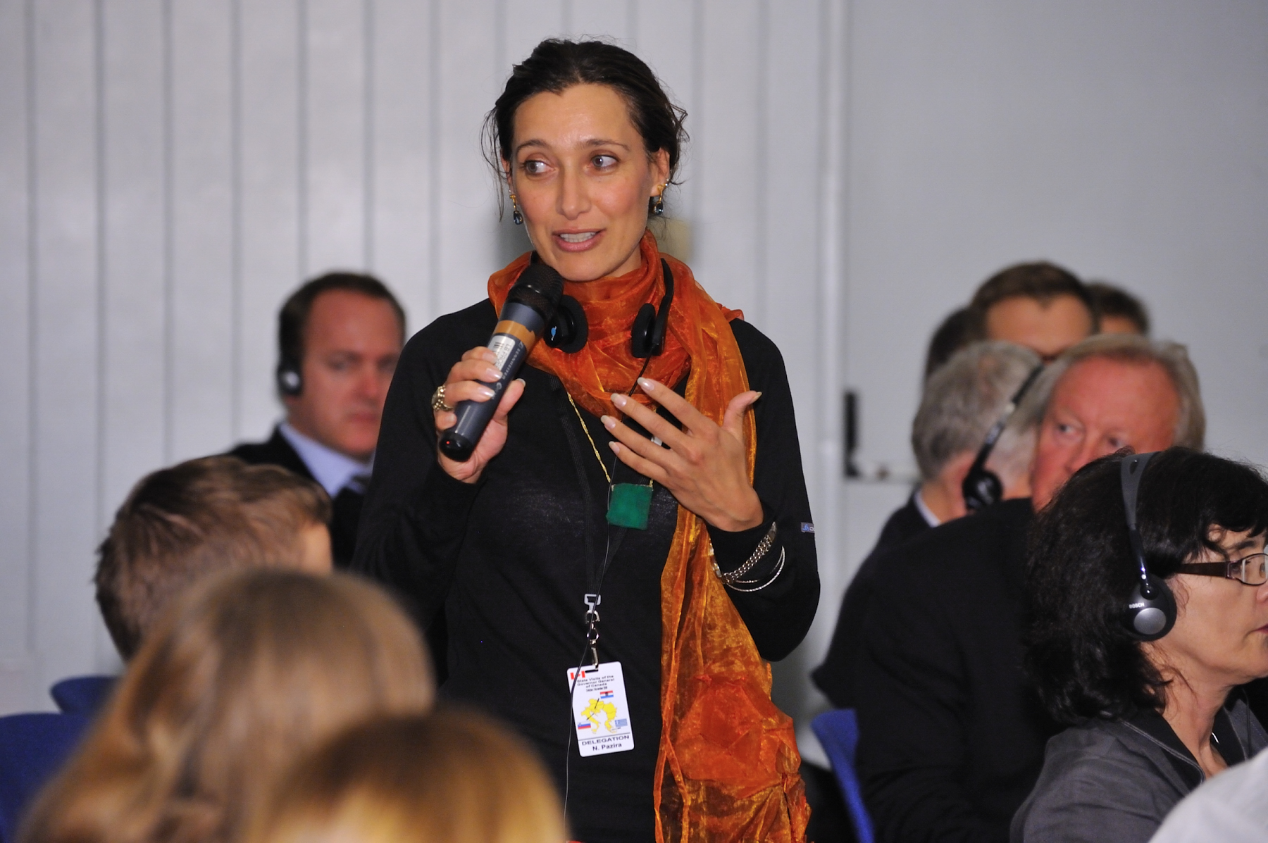 Canadian delegate Nelofer Pazira, filmmaker and journalist, also took part in the Dialogue.