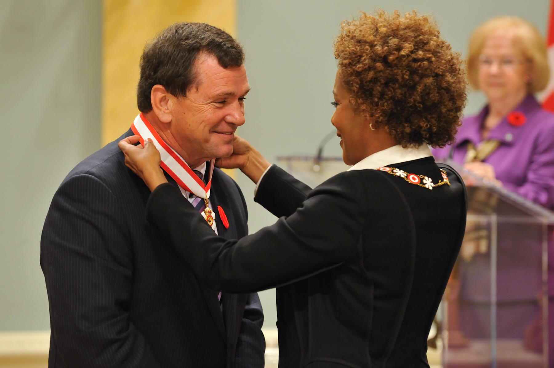 Her Excellency the Right Honourable Michaëlle Jean, Governor General of Canada, presented the insignia of Officer of the Order of Canada to Frank McKenna, P.C., O.C., O.N.B. a highly respected public figure.