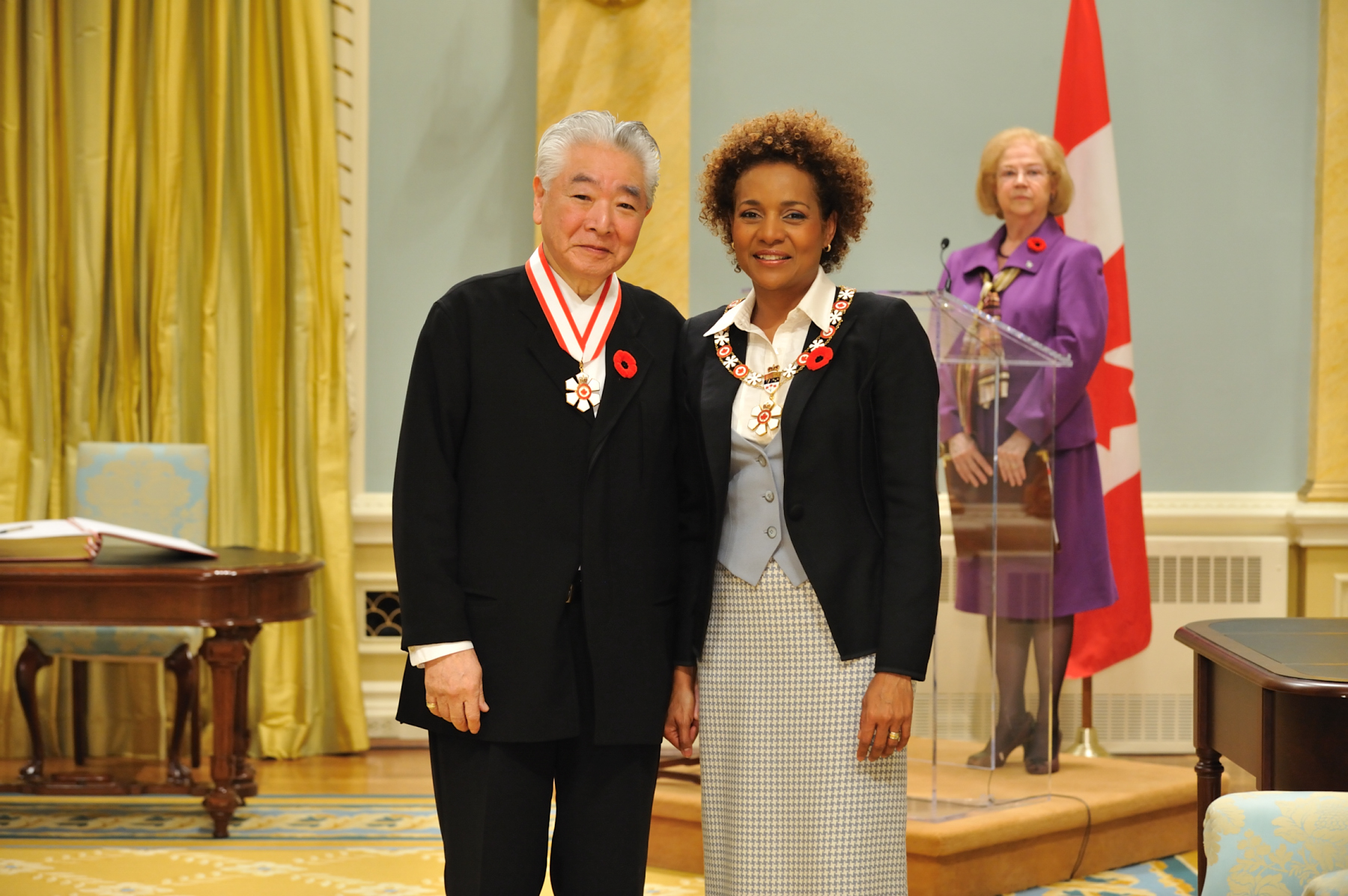 Her Excellency the Right Honourable Michaëlle Jean, Governor General of Canada, presented the insignia of Companion of the Order of Canada to Raymond Moriyama, C.C., O.Ont., who is one of the world's most innovative architects and urban planners.