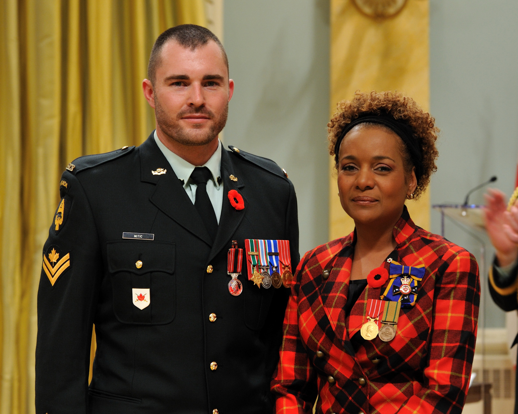 Her Excellency the Right Honourable Michaëlle Jean, Commander-in-Chief of Canada, presented the Sacrifice Medal to Master Corporal Jody Allan Mitic, C.D.