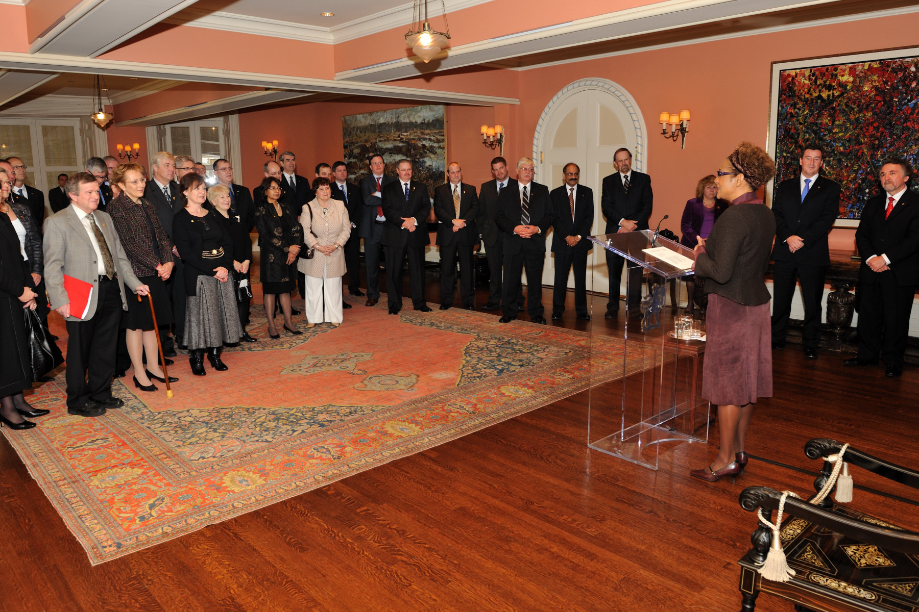 The ceremony took place at Rideau Hall in the presence of members of the Institute's board of governors from across Canada and other invited guests.