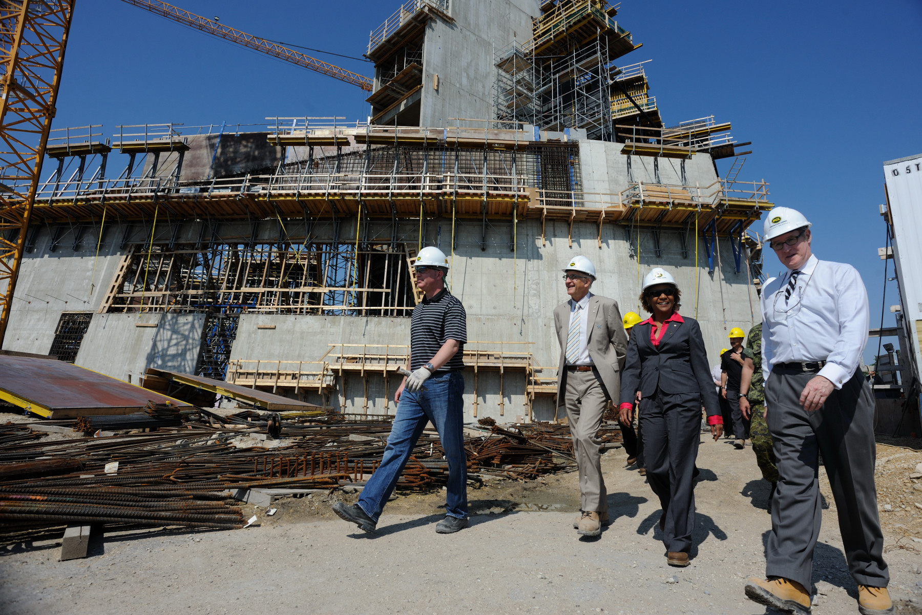 Their Excellencies visited the site of the future museum, of which the Governor General is Honorary President.