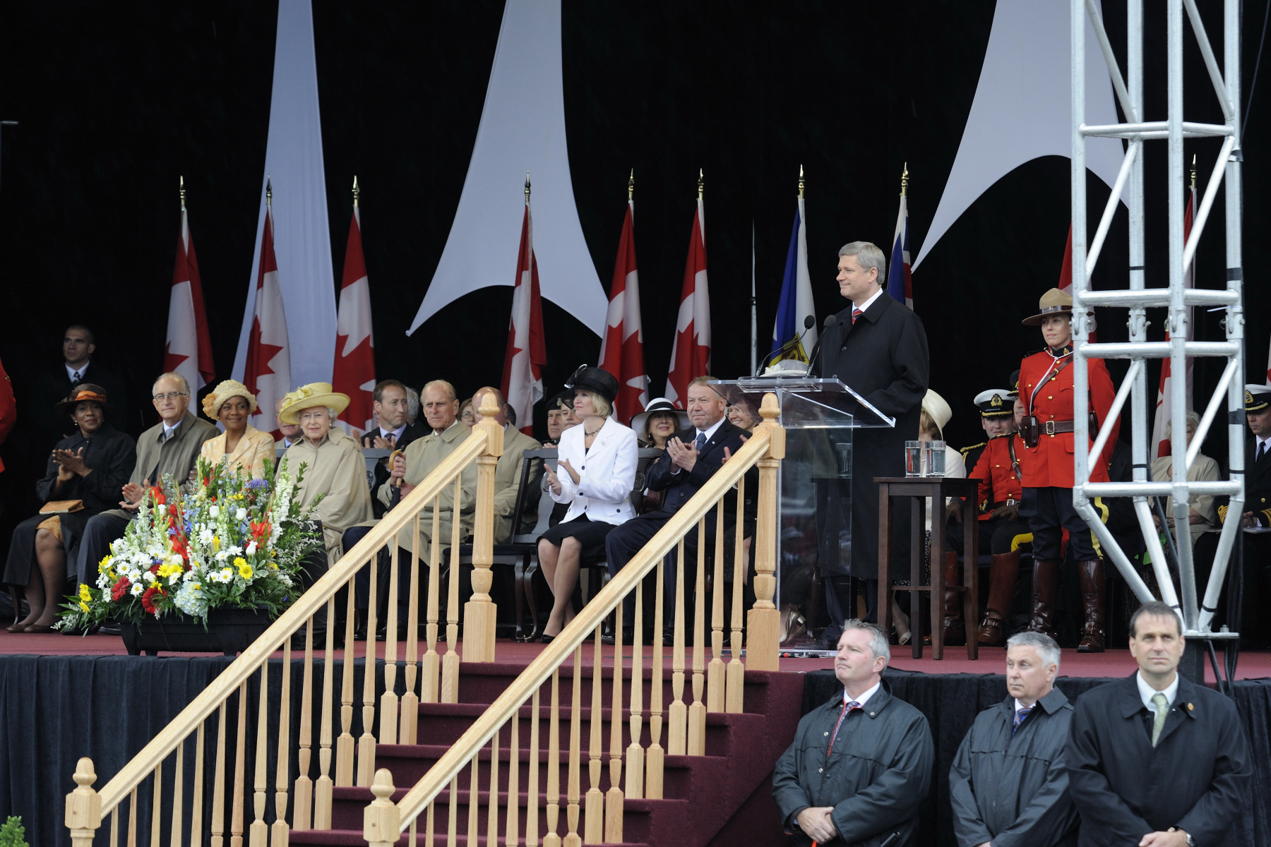 Prime Minister Stephen Harper delivered an address during the official welcoming ceremony.