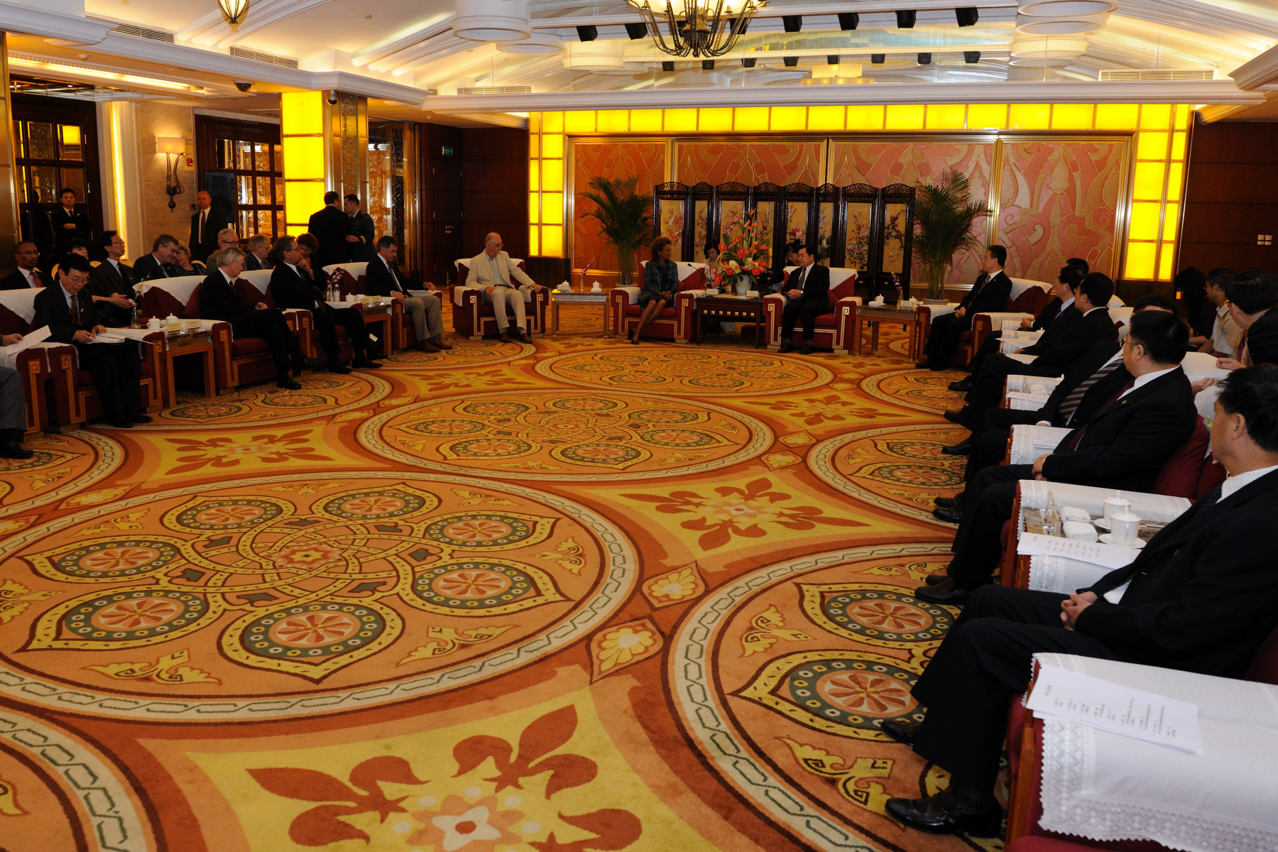 The meeting took place in the Dignitary Hall of the Jinjiang Hotel, in Chengdu.