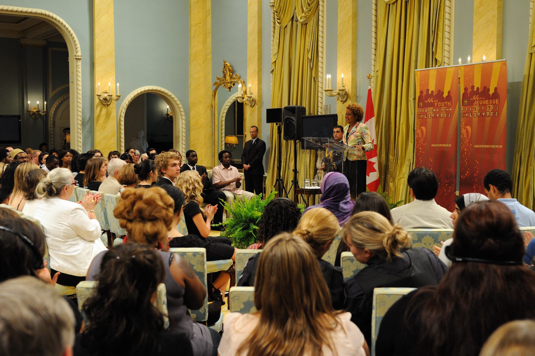"This event set the stage for five additional Governor General's Youth Dialogues to be held across the country in August and September 2010. The Governor General's Youth Dialogues ""Can We Talk"" series focuses on galvanizing young Canadians in every part of the country to become catalysts of hope, creativity and social transformation. Her Excellency shares the ideas and perspectives presented during the dialogues with decision-makers."