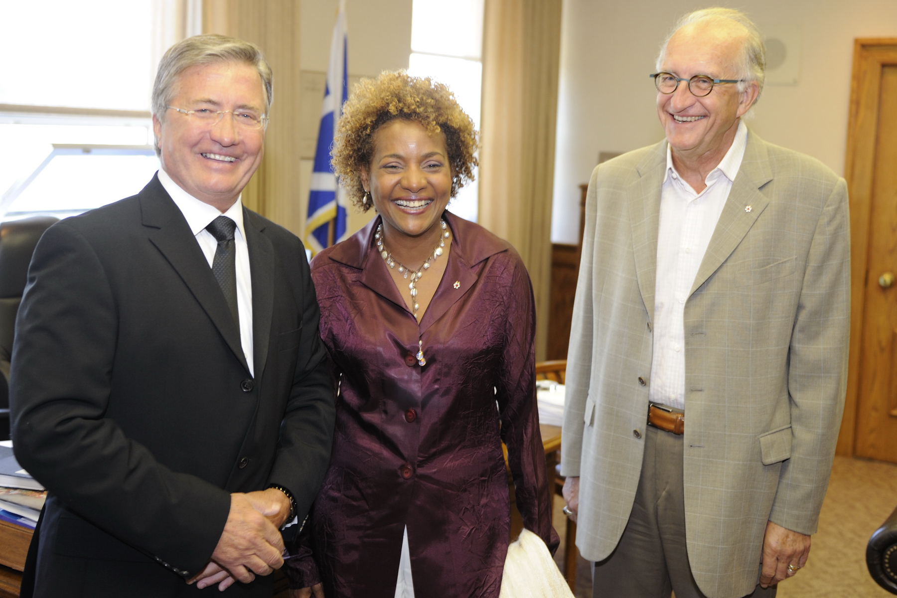 Their Excellencies the Right Honourable Michaëlle Jean, Governor General of Canada, and Mr. Jean-Daniel Lafond, undertook a regional visit to Newfoundland and Labrador that took place form August 21 to 17, 2010.