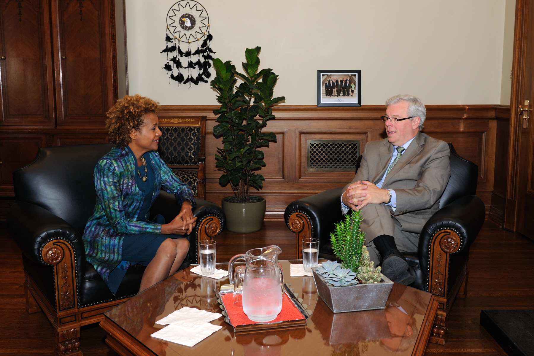 Her Excellency also met with the Honourable Greg Selinger, Premier of Manitoba.
