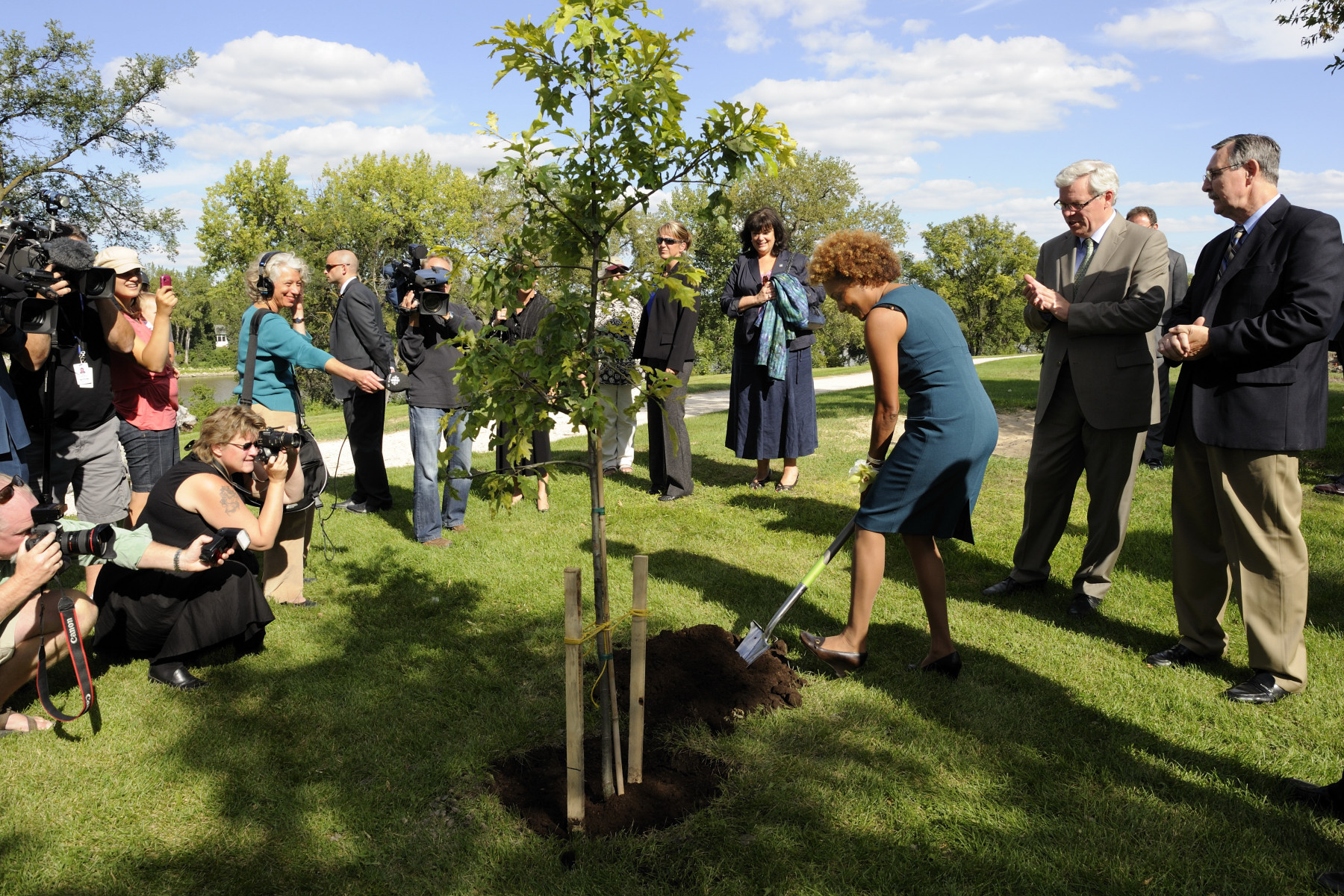 Her Excellency also planted a tree for this occasion. Premier of Manitoba the Honourable Greg Selinger was also in attendance.