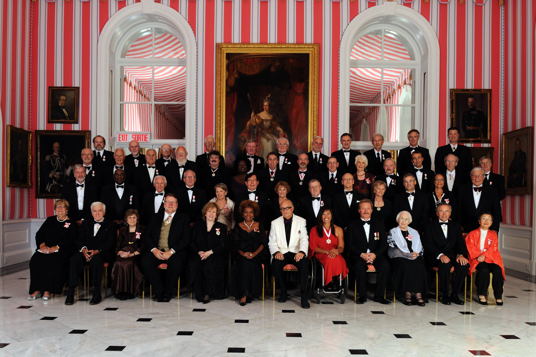 Their Excellencies are pictured with all the Members, Officers and Companions who were invested into the Order of Canada on September 3, 2010.