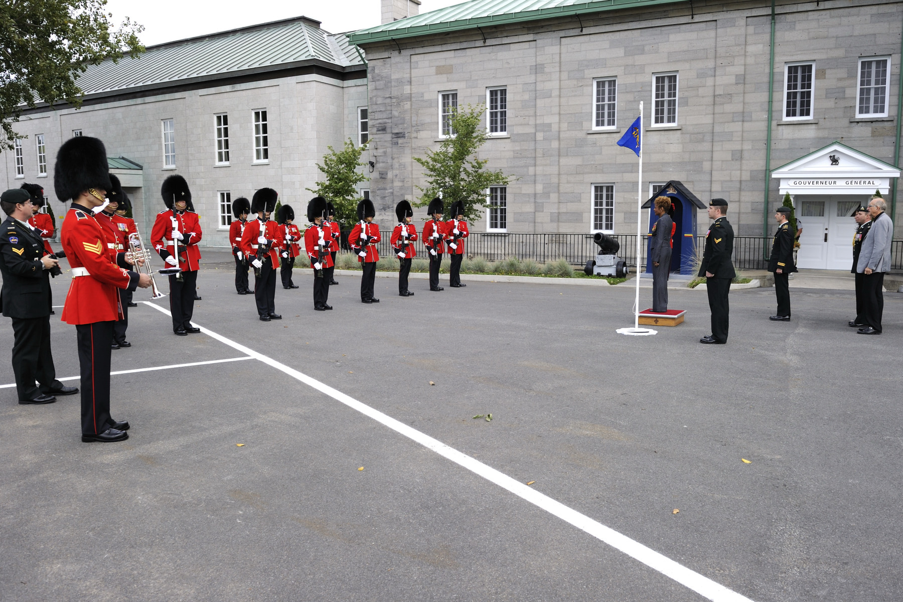 The Governor General also received the Vice-Regal Salute.