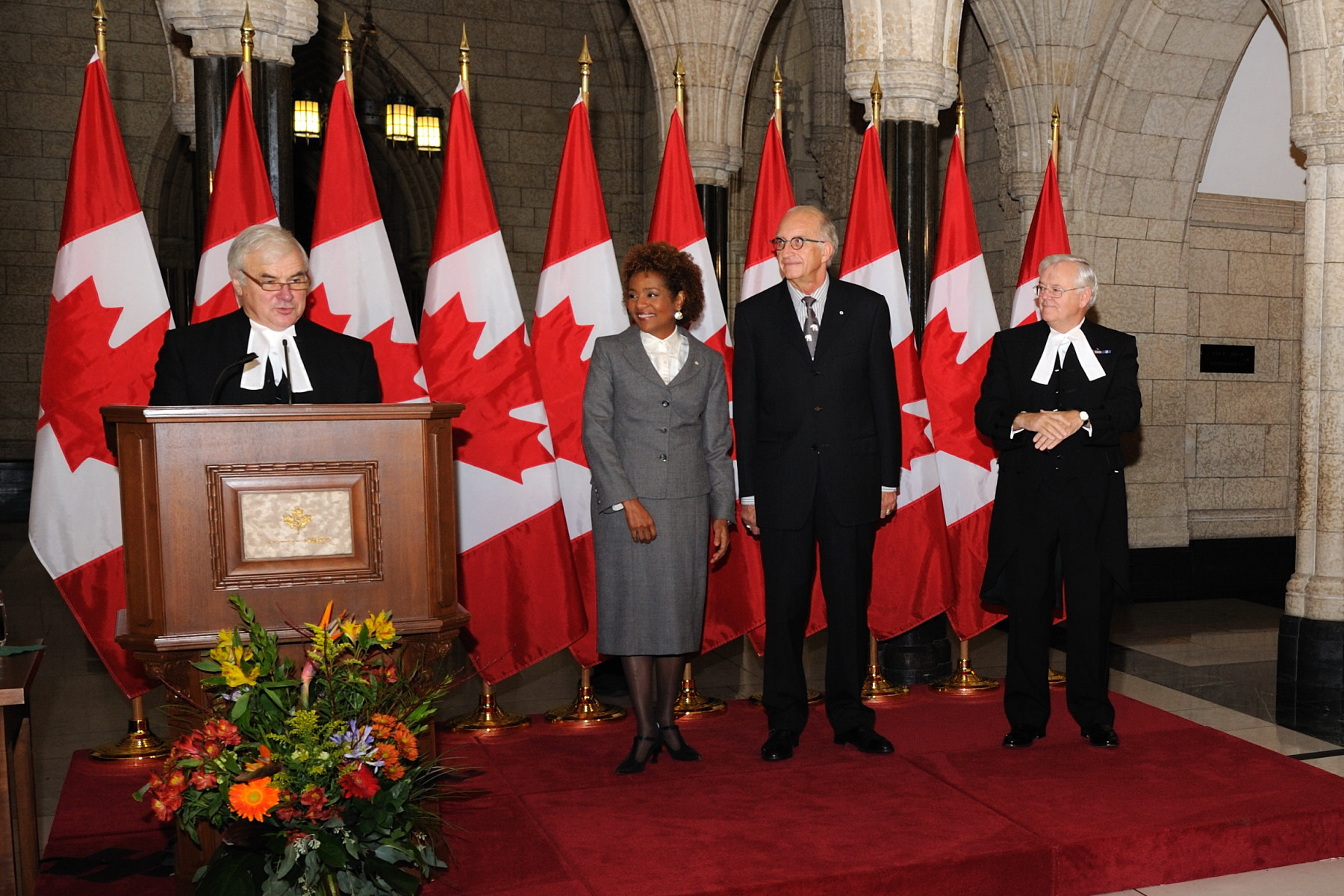 Their Excellencies were the guests of honour at a farewell reception that was held in the Hall of Honour of Centre Block, on Parliament Hill.