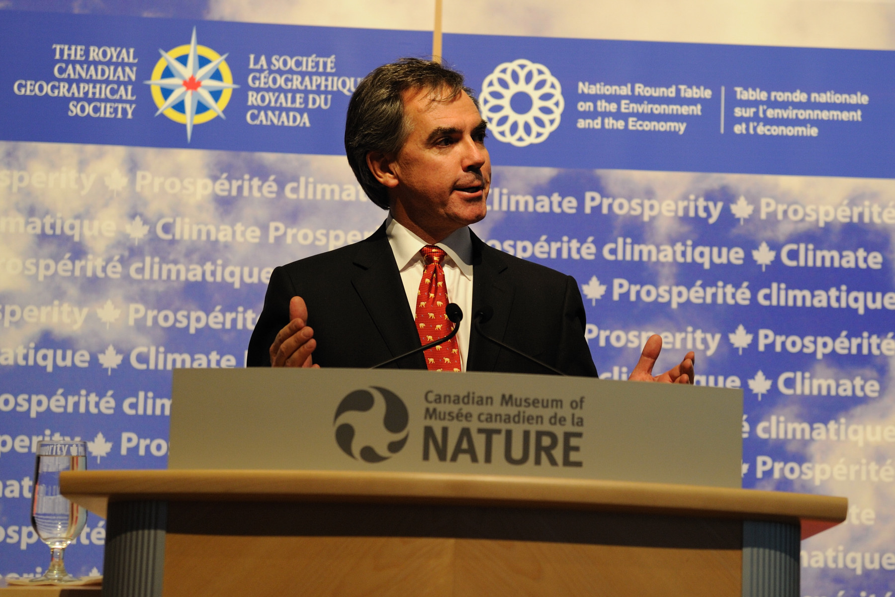 The Honourable Jim Prentice, Minister of Environment, also delivered a speech during which he congratulated both partners.