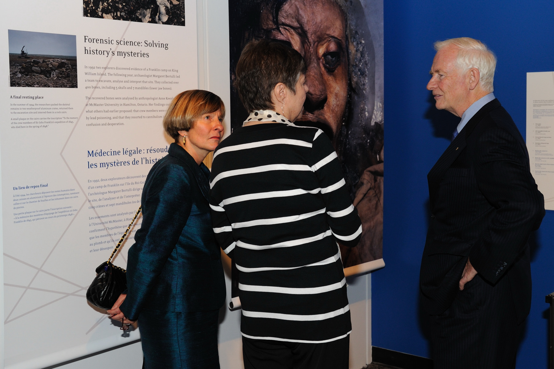 The Governor General had the chance to see the new exhibition Echoes in the Ice: History, Mystery, and Frozen Corpses before leaving the museum.
