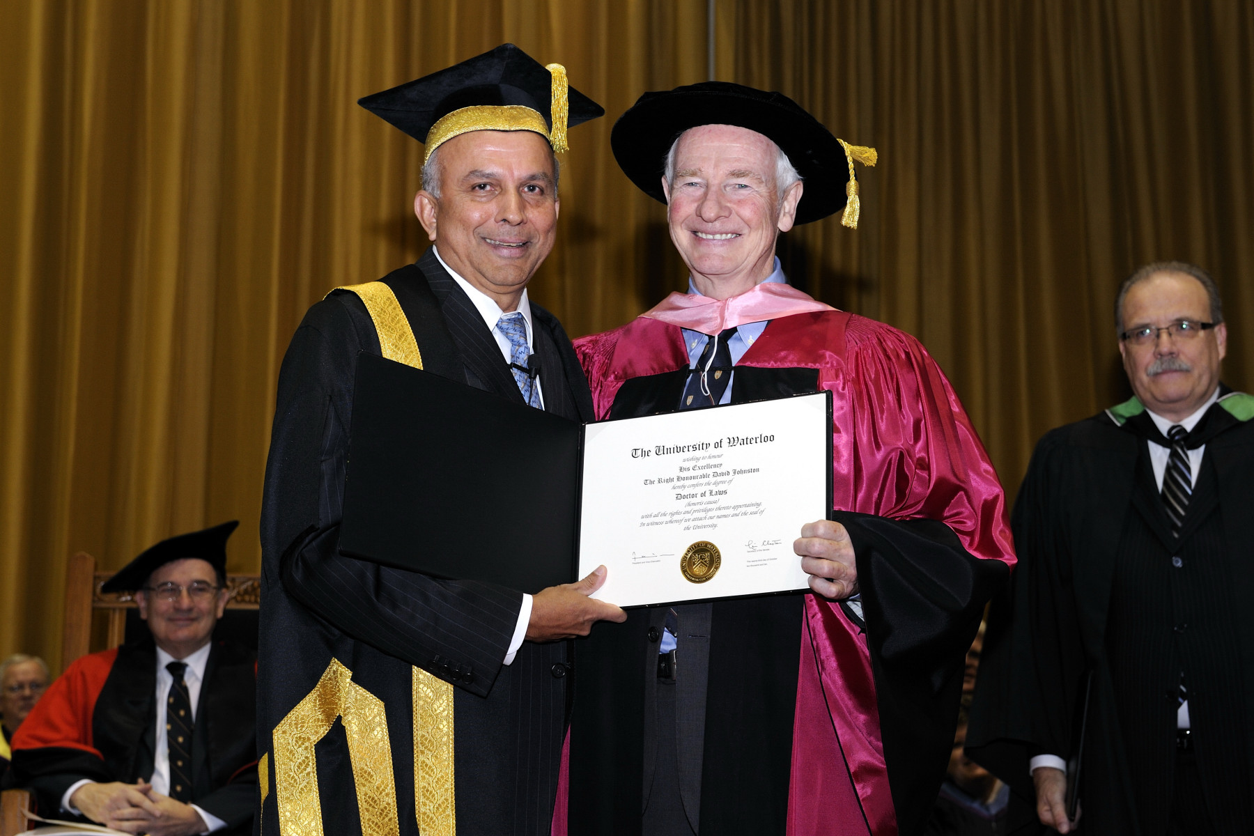 The University Chancellor confered the Doctorate of Law honoris causa to the Governor General.