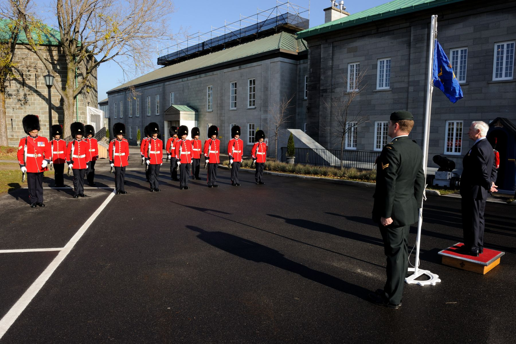 His Excellency was welcomed to the Citadelle of Québec by a royal salute.