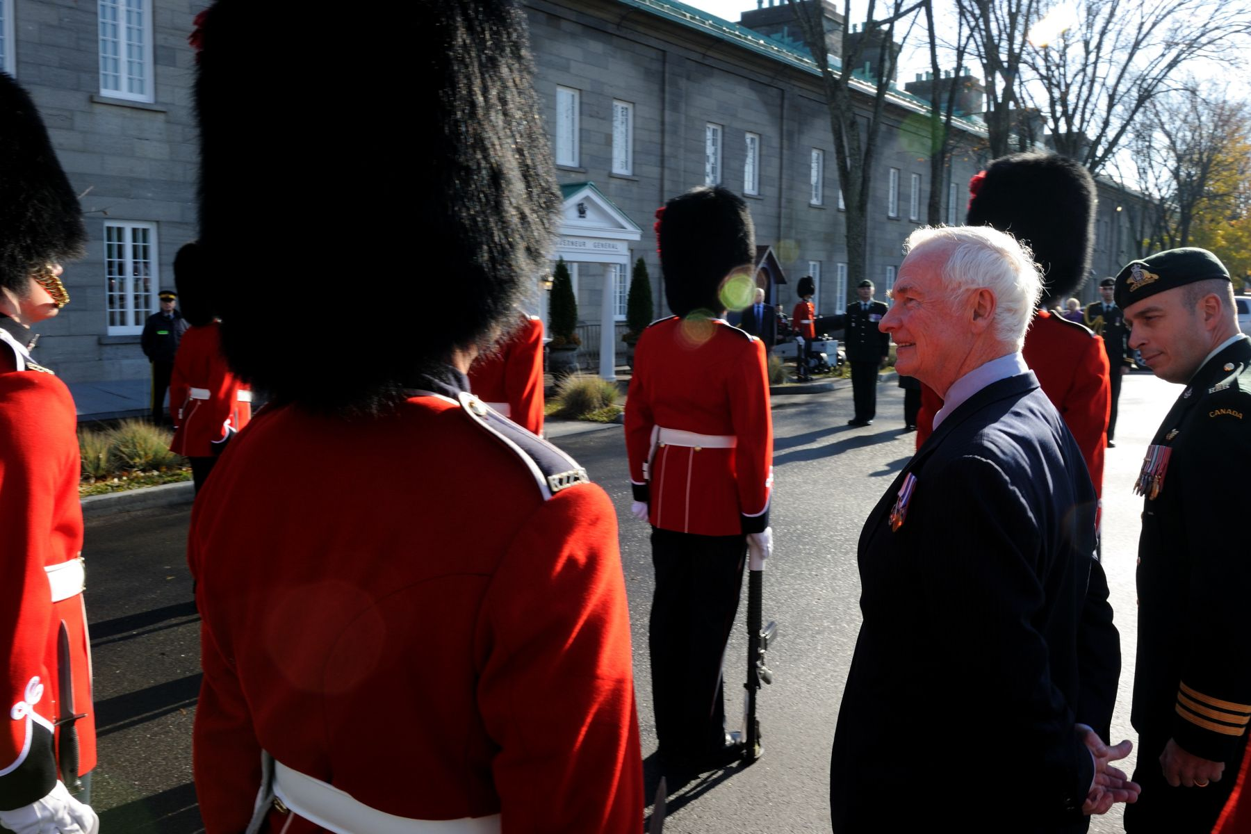 As commander-in-chief of Canada, the Governor General inspected a quarter guard of the Royal 22e Régiment upon his arrival at the Citadelle.