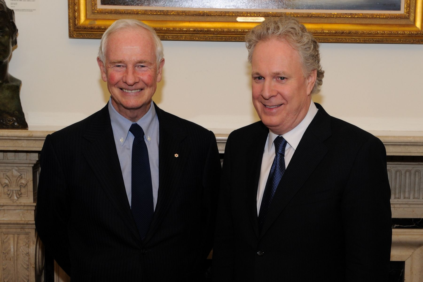 During his first visit to Québec city, His Excellency met the Premier of Québec, Jean Charest.