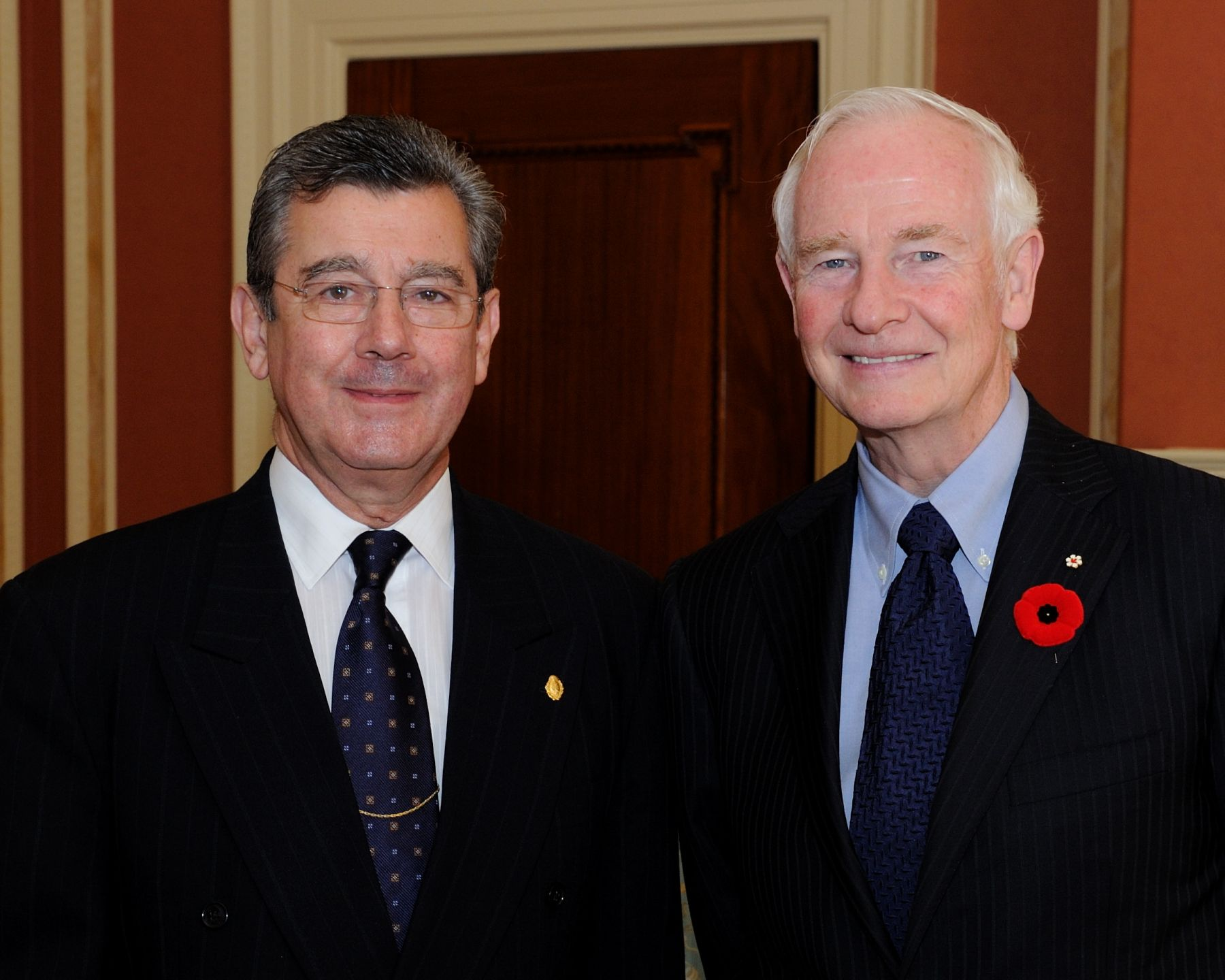 His Excellency the Right Honourable David Johnston, Governor General of Canada, received the credentials of His Excellency Elbio Oscar Rosselli Frieri, Ambassador of the Eastern Republic of Uruguay.