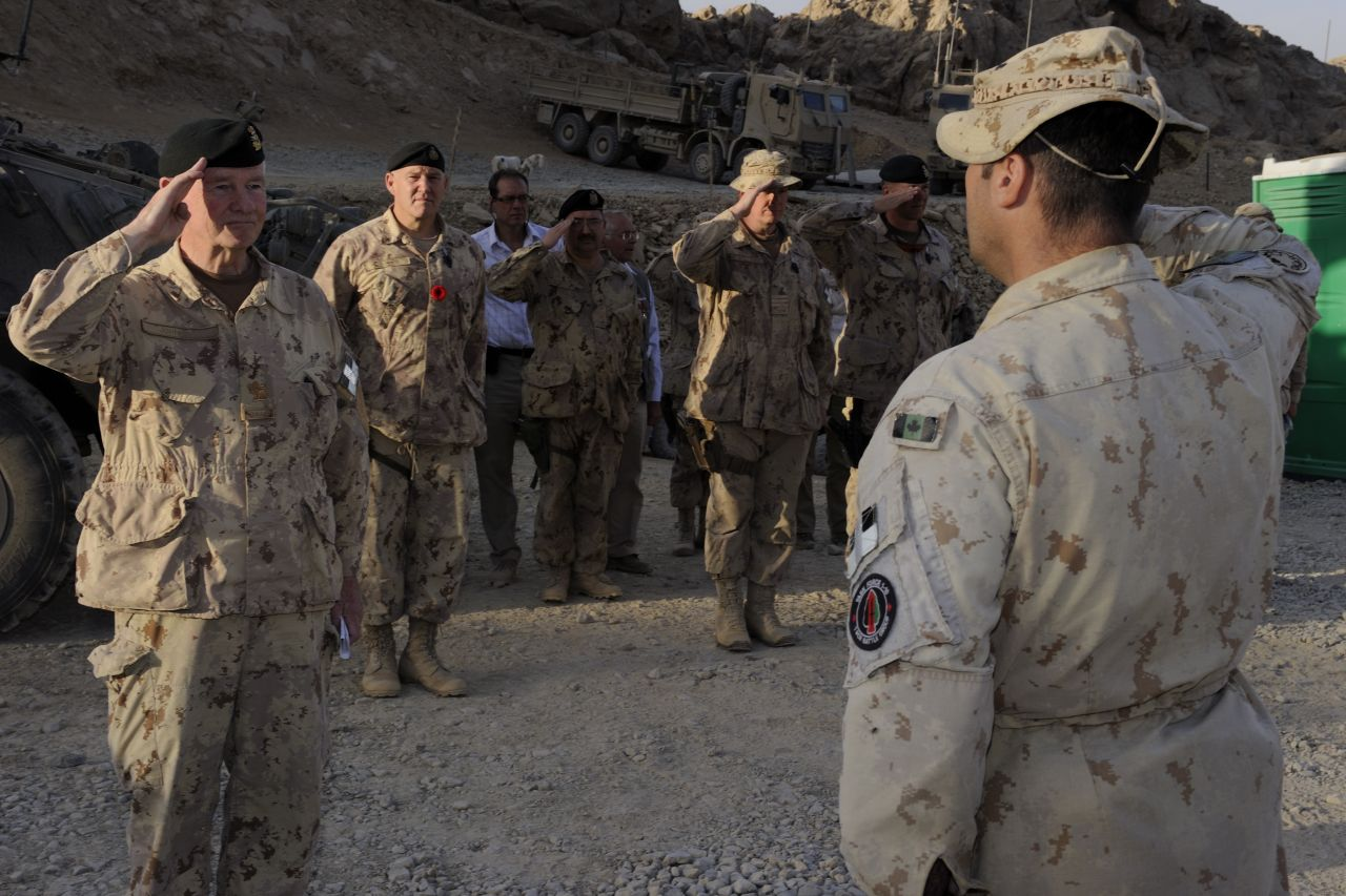 His Excellency visited the operating base in the district of Panjwaii, where he met with deployed Canadian soldiers.