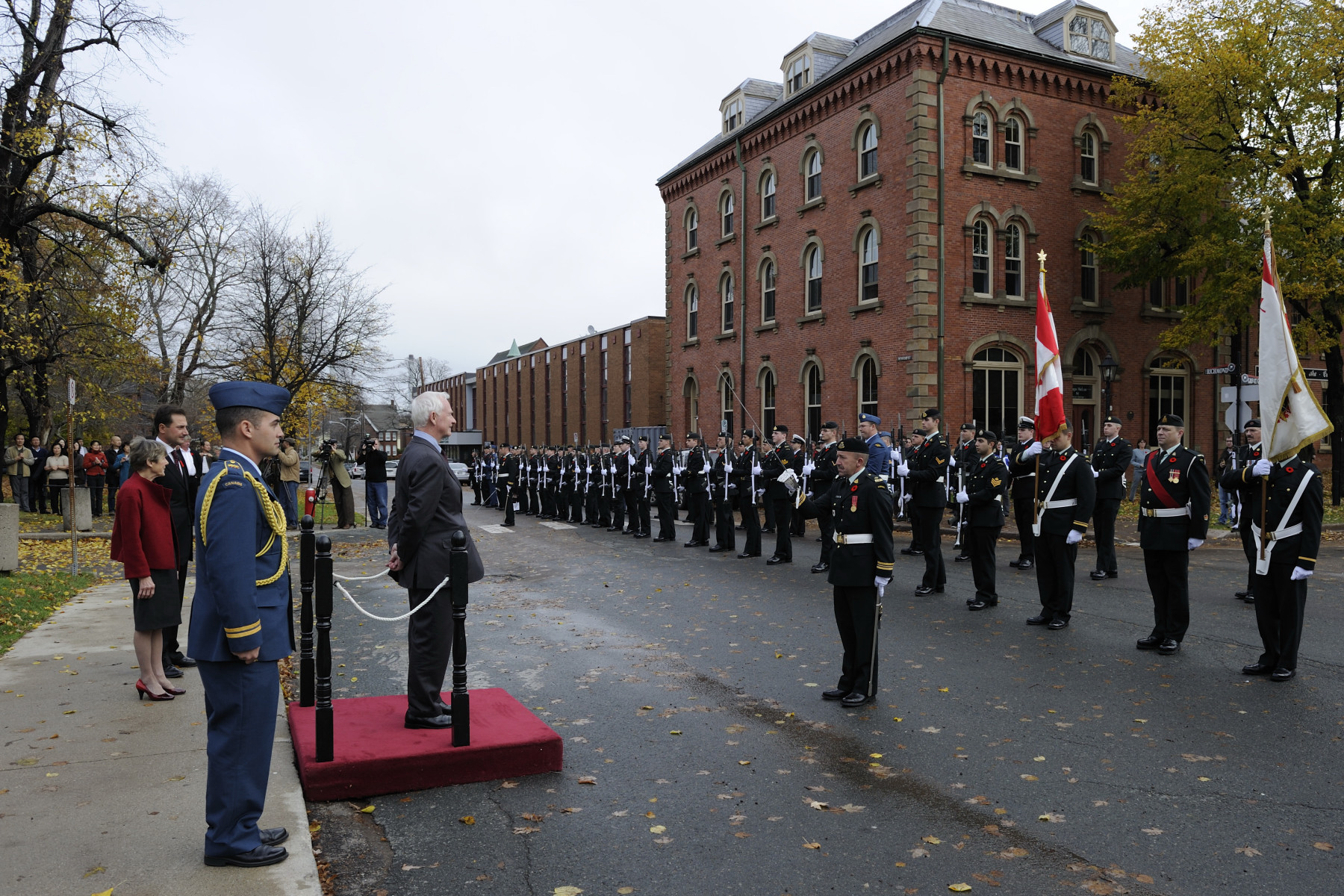 During the official welcoming ceremony at Province House, the Governor General received military honours, which included the 21-Gun Salute and the inspection of the guard of honour.