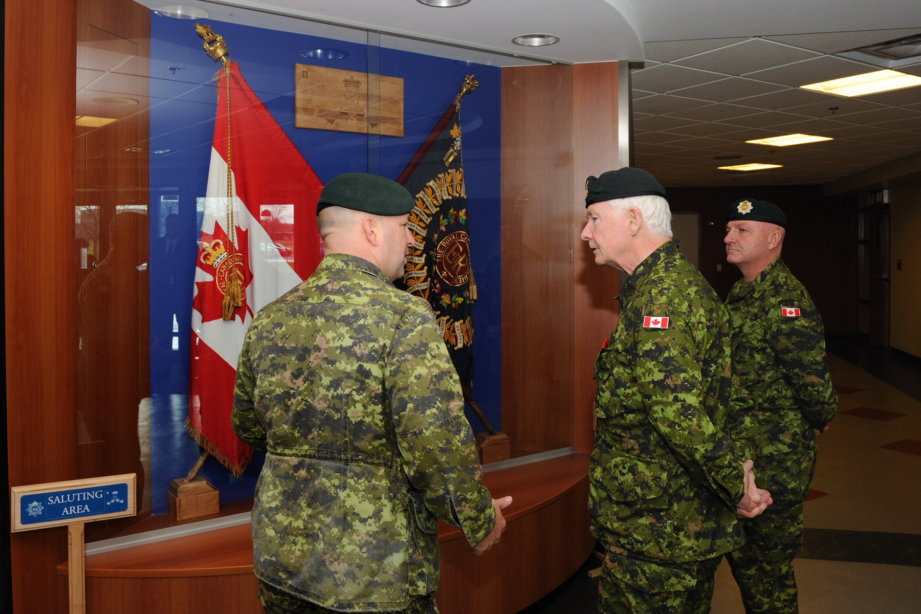 Before leaving New Brunswick, His Excellency the Right Honourable David Johnston, Governor General and Commander-in-Chief of Canada, visited the 2nd Battalion of the Royal Canadian Regiment at CFB Gagetown in Oromocto, New Brunswick.