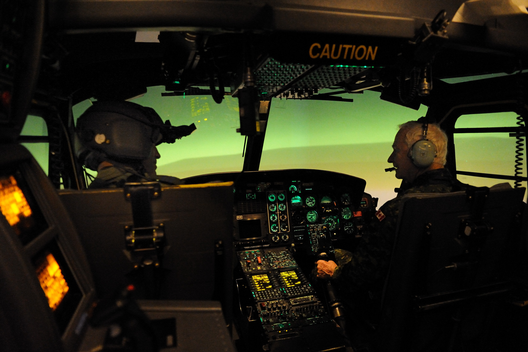 The Governor General also visited the 403 Squadron, where he had the opportunity to learn about the purpose of a simulator.