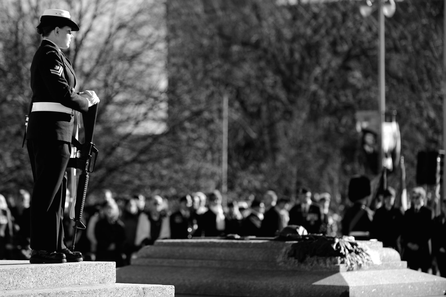 Throughout the ceremony, a sentry stands near the Tomb of the Unknown Soldier. The Unknown Soldier represents the more than 116,000 Canadian men and women who have died in the service of their country, and in particular the more than 28,000 who have no known resting place.