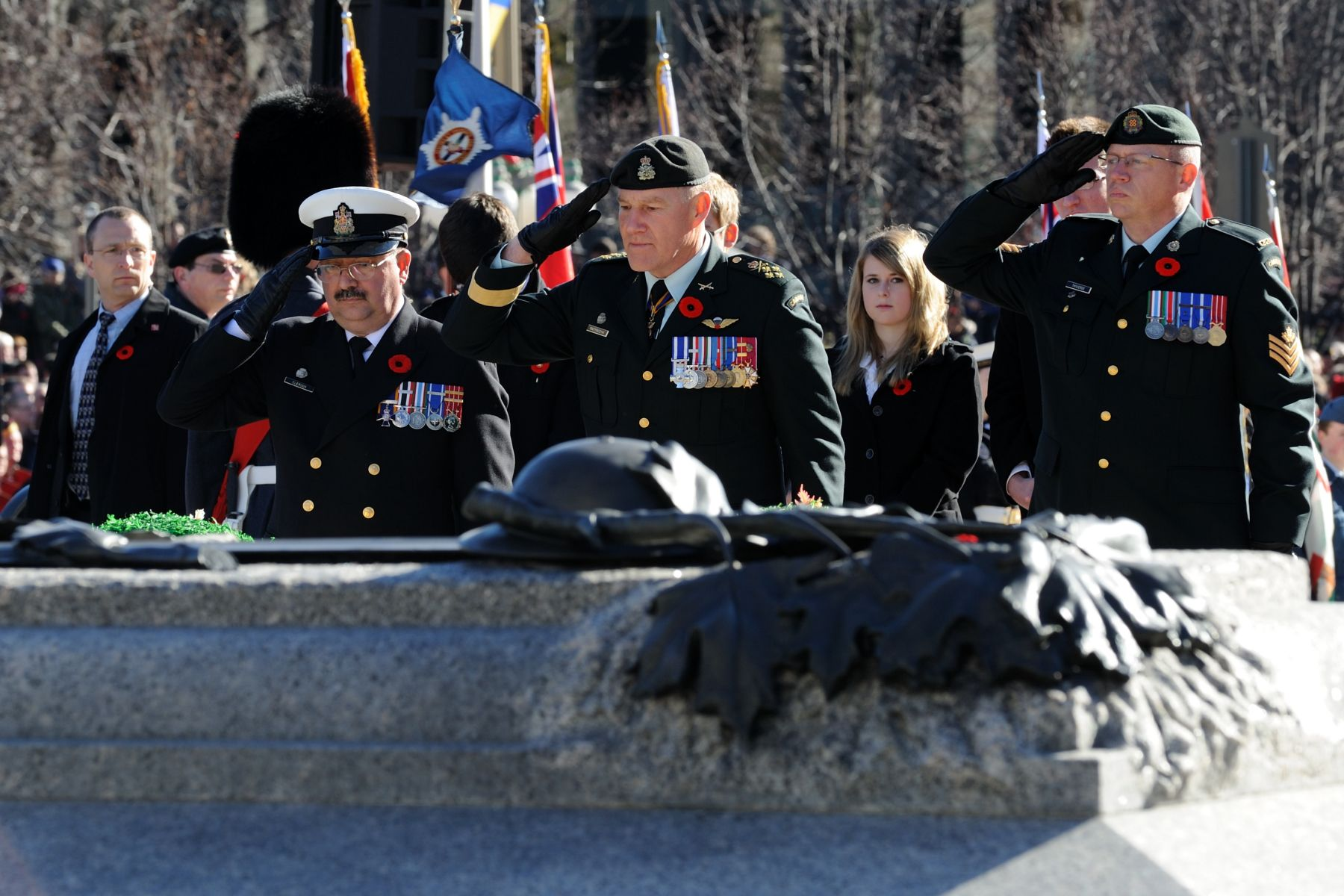 Canadian Forces Chief Petty Officer First Class Robert Cléroux and Chief of the Defence Staff General Walter Natynczyk also laid a wreath.