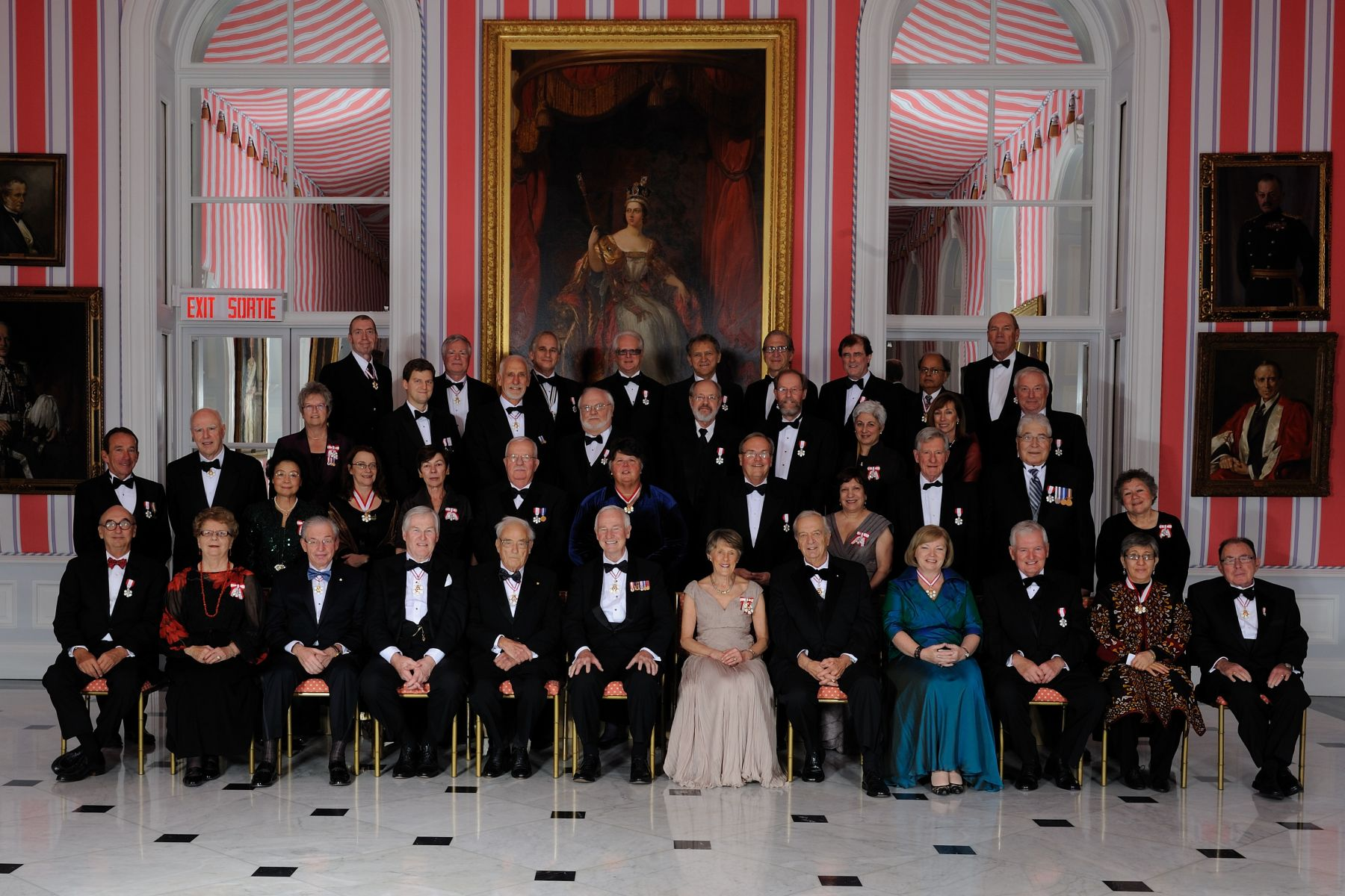 Their Excellencies are pictured with all the Members, Officers and Companions who were invested into the Order of Canada on November 17, 2010.