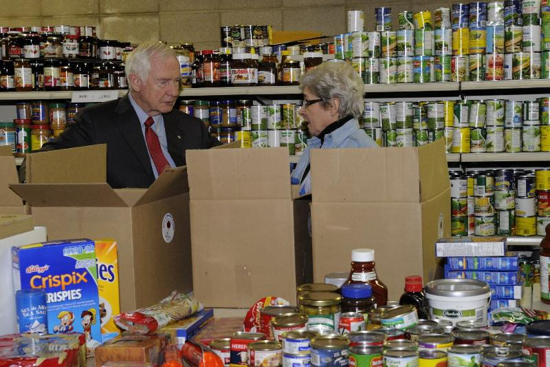 His Excellency spoke with staff who prepare food hampers for the ones in need.