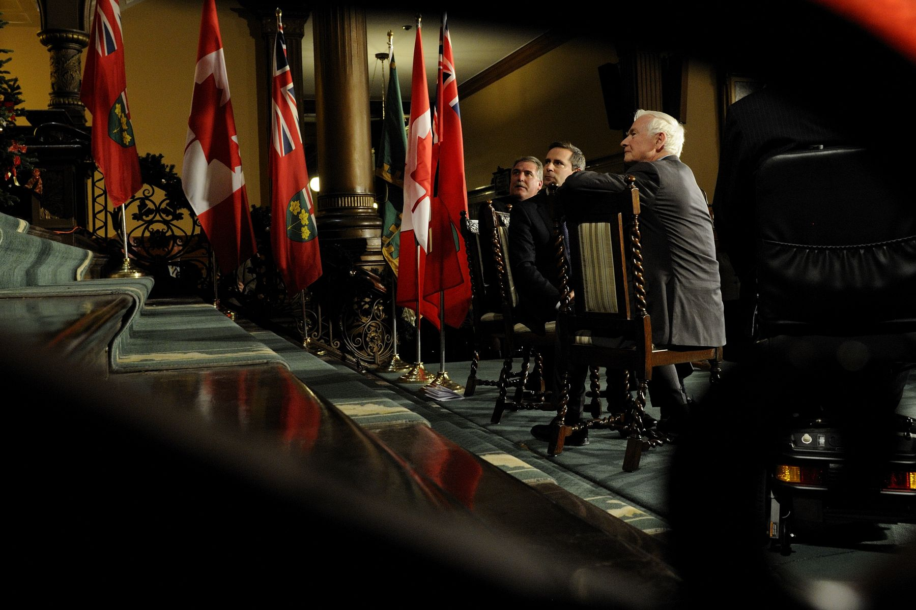 The Governor General, the Speaker of the Legislative Assembly and Premier of Ontario all turned around to watch the choir sing.