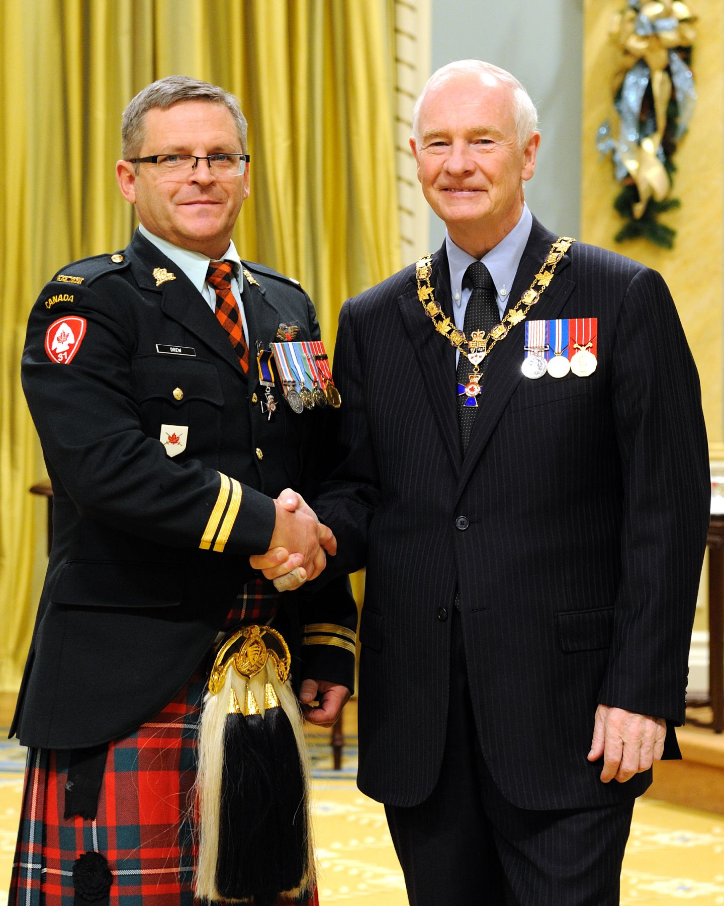 His Excellency presented the Order of Military Merit at the Member level (M.M.M.) to Chief Warrant Officer Kirk Drew, M.M.M., C.D., The Essex and Kent Scottish Regiment, Windsor, Ontario.