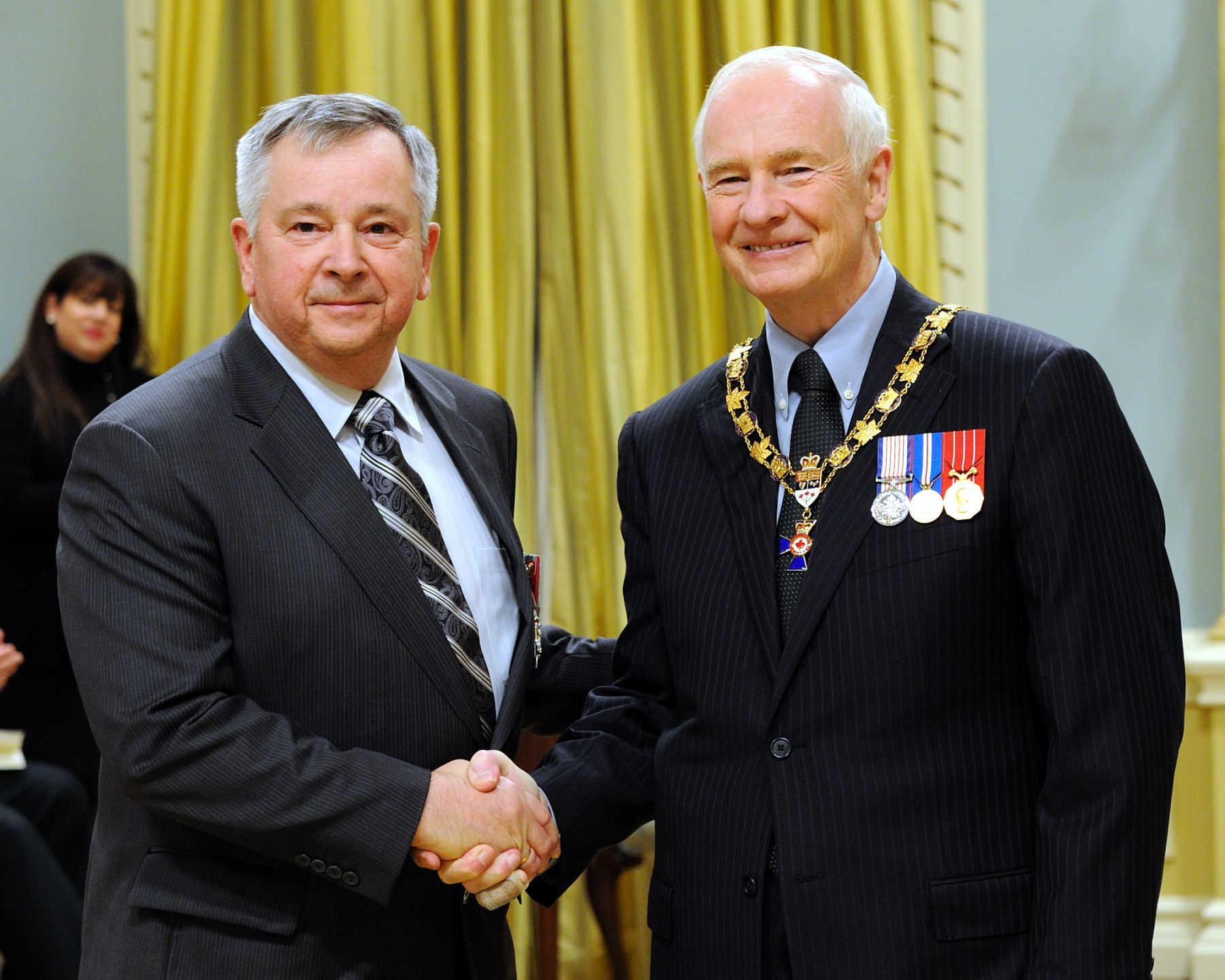 His Excellency presented the Order of Military Merit at the Member level (M.M.M.) to Captain Patrick Lee, M.M.M., C.D., 36 Canadian Brigade Group Headquarters, Halifax, Nova Scotia.