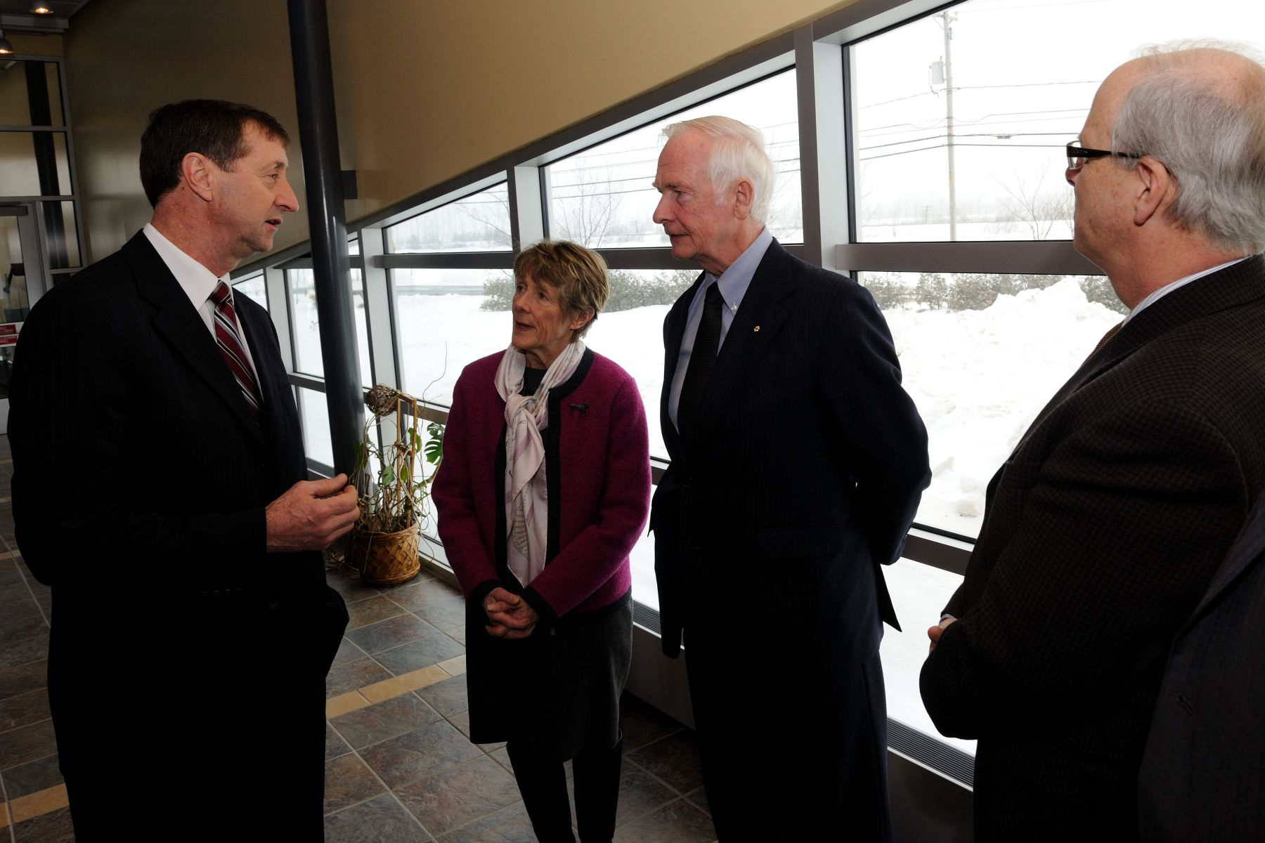 Their Excellencies proceeded to the Centre de développement bioalimentaire du Québec for a visit of the bio-food complex.