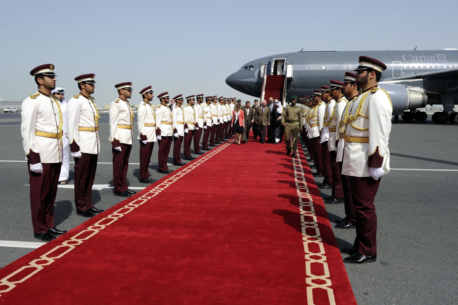 Their Excellencies arrived at the Amiri Pavillon d'Honneur at the Doha International Airport on February 27, 2011.
