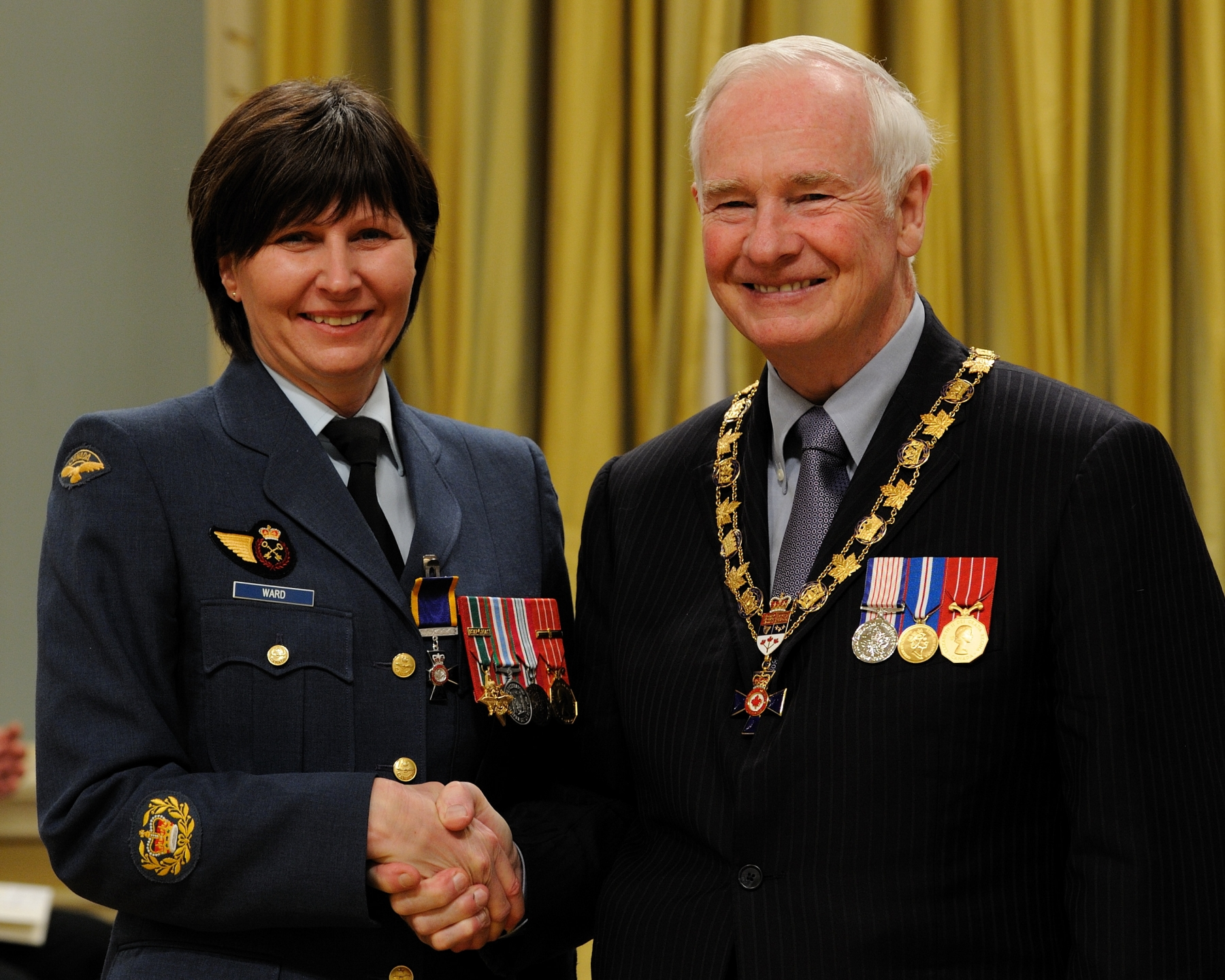 His Excellency presented the Order of Military Merit at the Member level (M.M.M.) to Master Warrant Officer Lise Ward, M.M.M., C.D., 3 Canadian Support Unit, Montréal, Quebec.