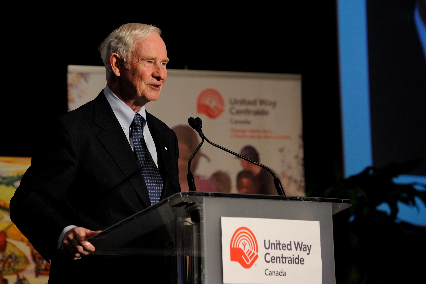 The Governor General, patron of United Way of Canada, delivered a keynote speech at the organization's 2011 national conference.