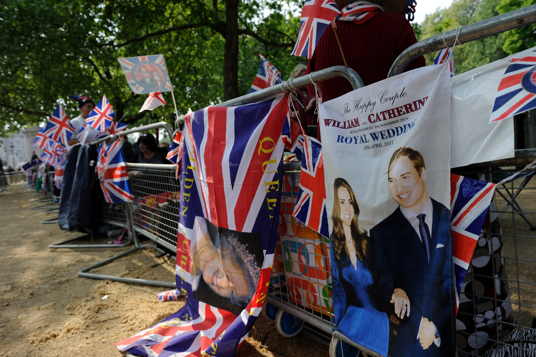 London is ready to celebrate the much anticipated wedding of His Royal Highness Prince William of Wales and Miss Catherine Middleton.