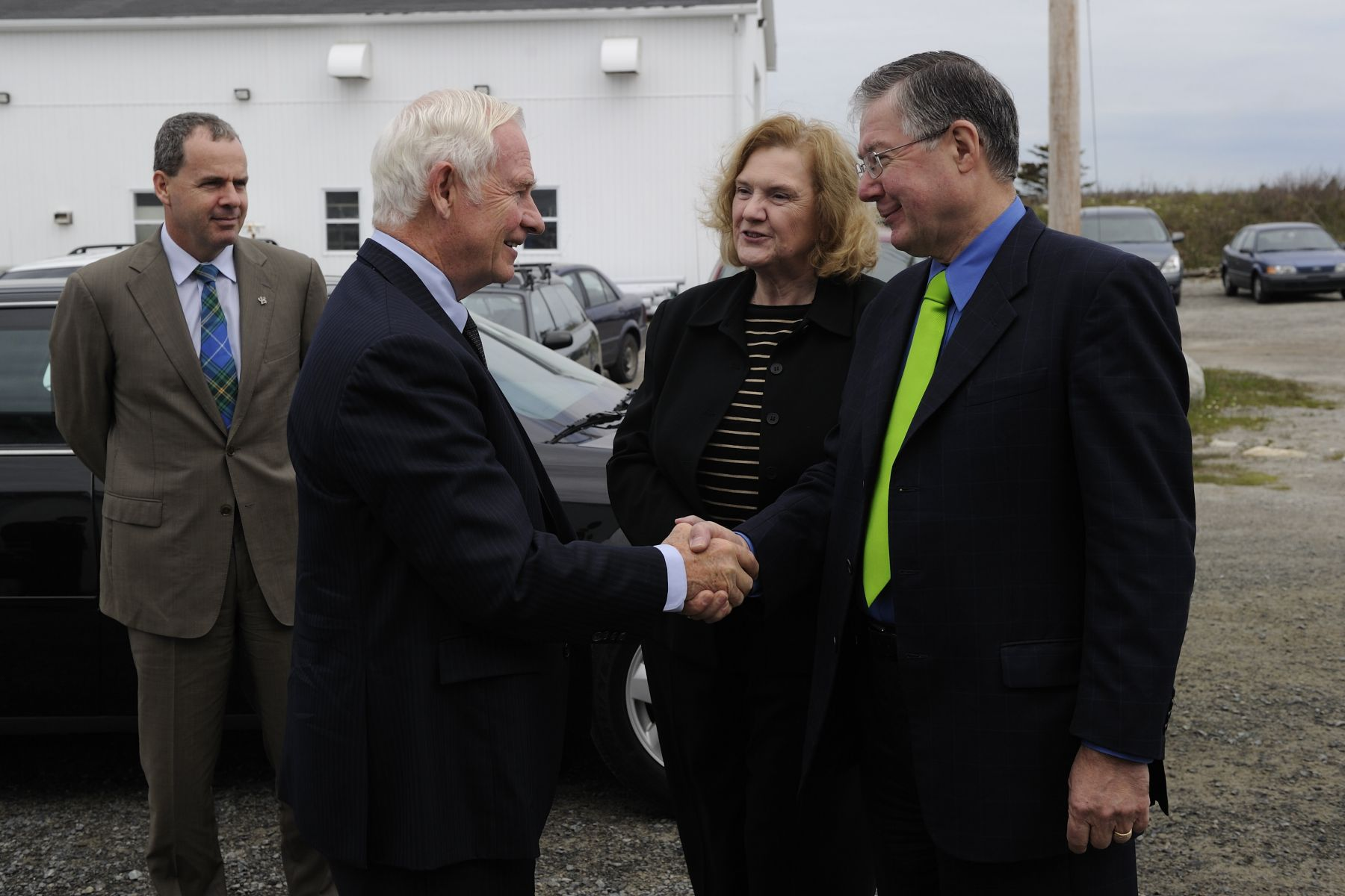 The Governor General then headed to the National Research Council Marine Research Station in Ketch Harbour to meet with scientists who are involved in the algal biofuels program.