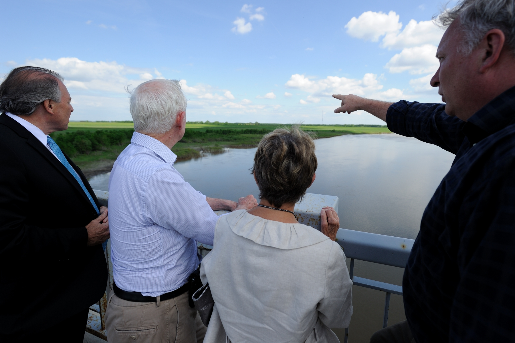 Their Excellencies, accompanied by the Honourable Ron Lemieux, Minister of Local Government, as well as officials from the Manitoba Water Stewardship and Emergency Measures Organization, toured the Red River Floodway Inlet Control Structure.
