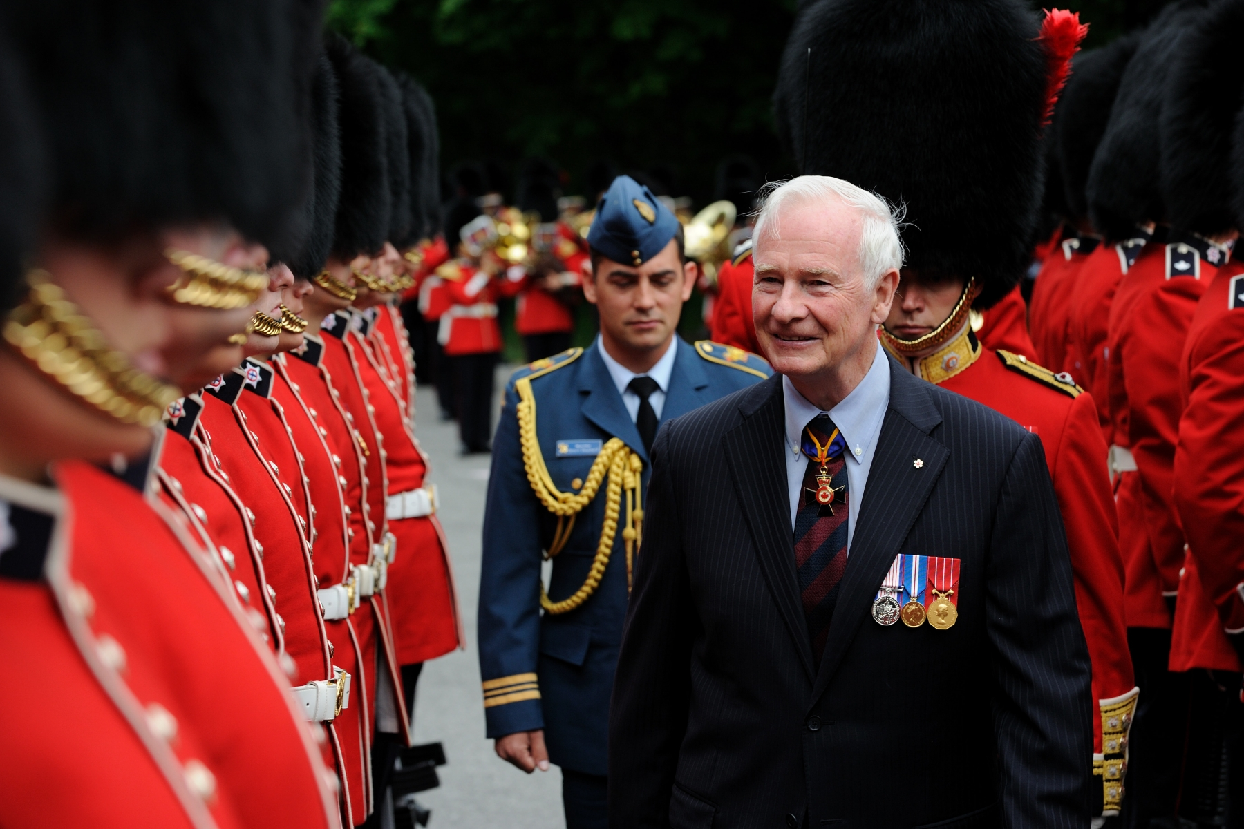 His Excellency performed the inspection of the Ceremonial Guard on the grounds of Rideau Hall.