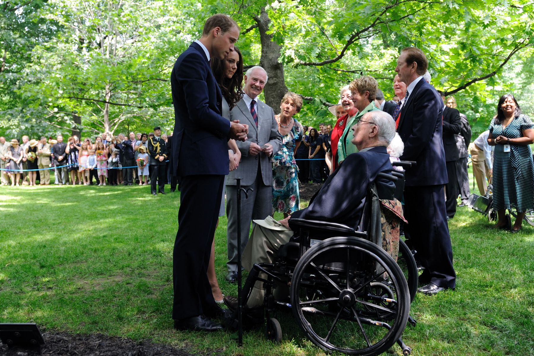 Their Royal Highnesses also meet with couples that married on the same day as them 50, and 70 years ago.