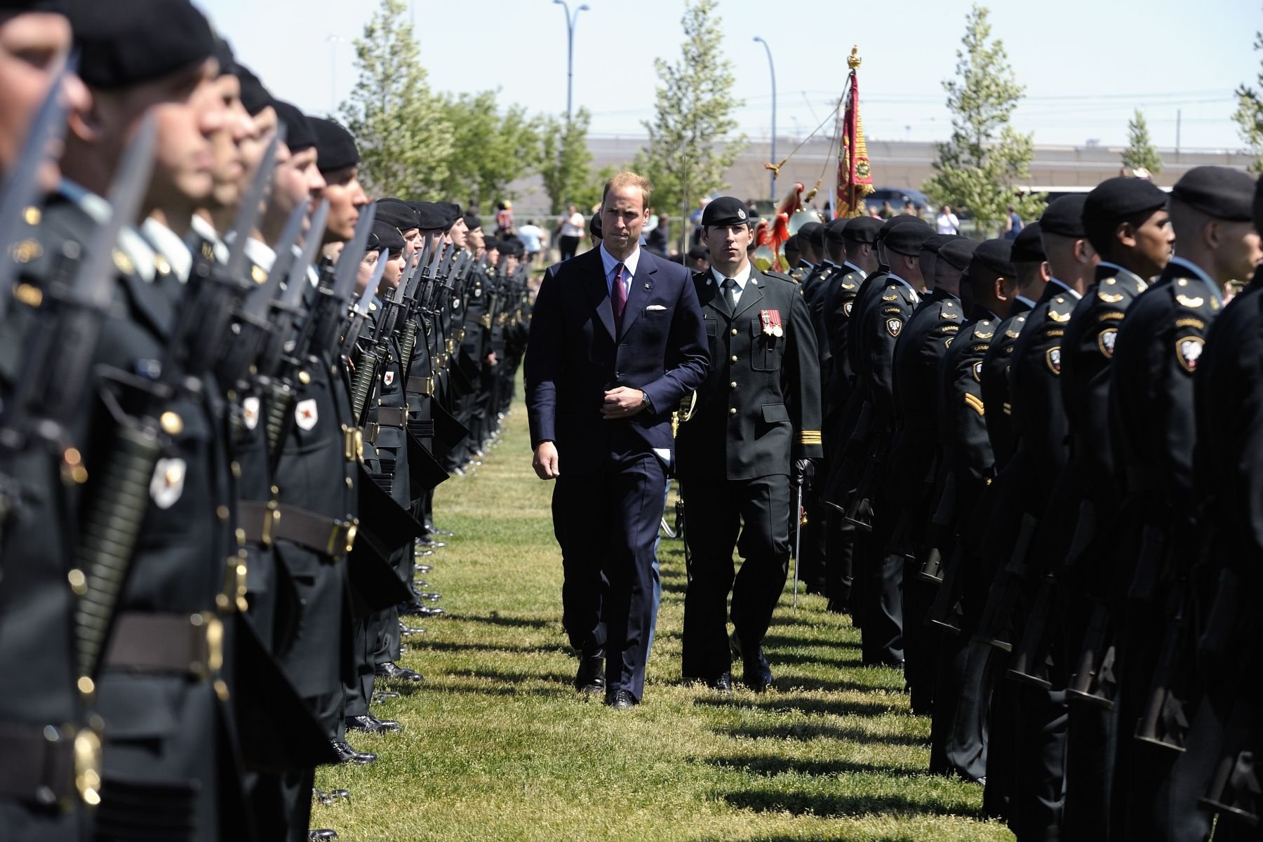 His Royal Highness conducted an inspection of the guard of honour.