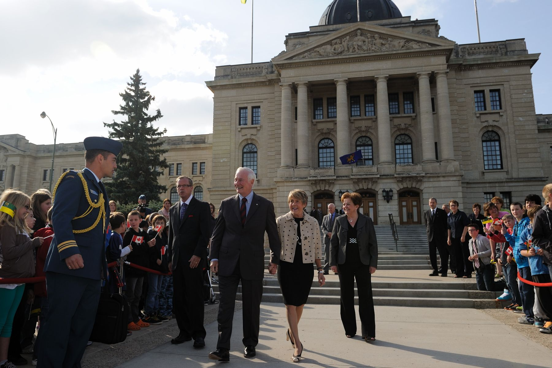 During a welcoming ceremony at the Legislative Assembly in Regina, Their Excellencies the Right Honourable David Johnston, Governor General of Canada, and Mrs. Sharon Johnston were greeted by the Honourable Brad Wall, Premier of Saskatchewan.
