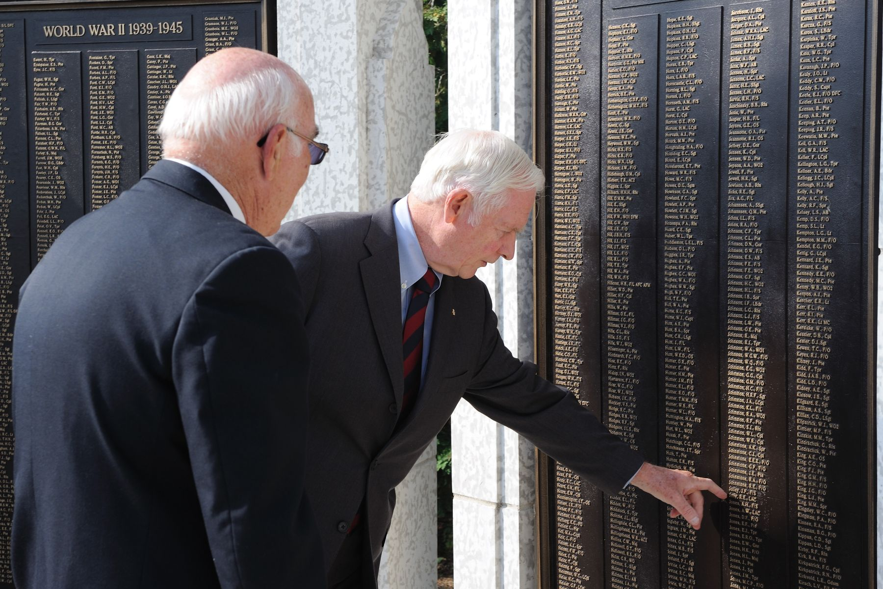 Their Excellencies, along with the Premier of Saskatchewan (left), then visited the Saskatchewan War Memorial. The Memorial honours men and women in uniform who have perished, as well as nursing sisters for their contributions during conflicts.