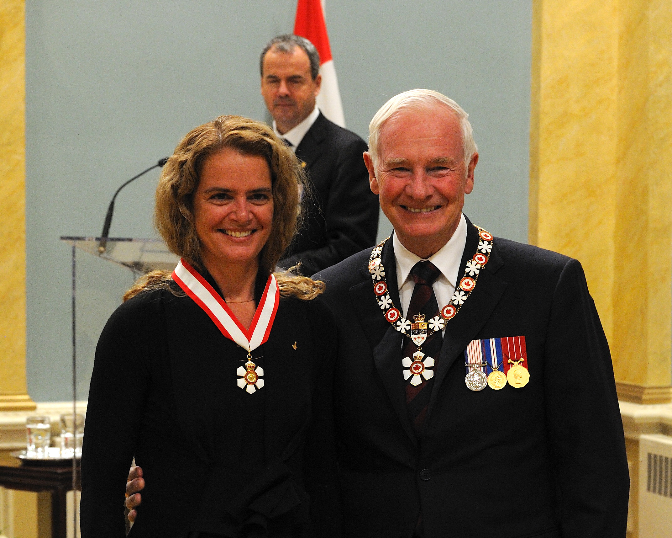 Julie Payette (Montréal, Quebec) is a source of inspiration and a remarkable international ambassador for Canadian engineering. Both an engineer and an astronaut, she has two space missions to her credit. She is the first Canadian to board the International Space Station and to take part in its assembly by operating the Canadian robotic arms. She is also the first woman to serve as lead communicator between the ground controllers at the Mission Control Center in Houston, Texas, and the astronauts in flight. She has held various positions with the Canadian Space Agency, including chief astronaut for several years. Known for her warm personality and talent as an orator, she is in demand as a speaker and is an extraordinary role model for women and young people.