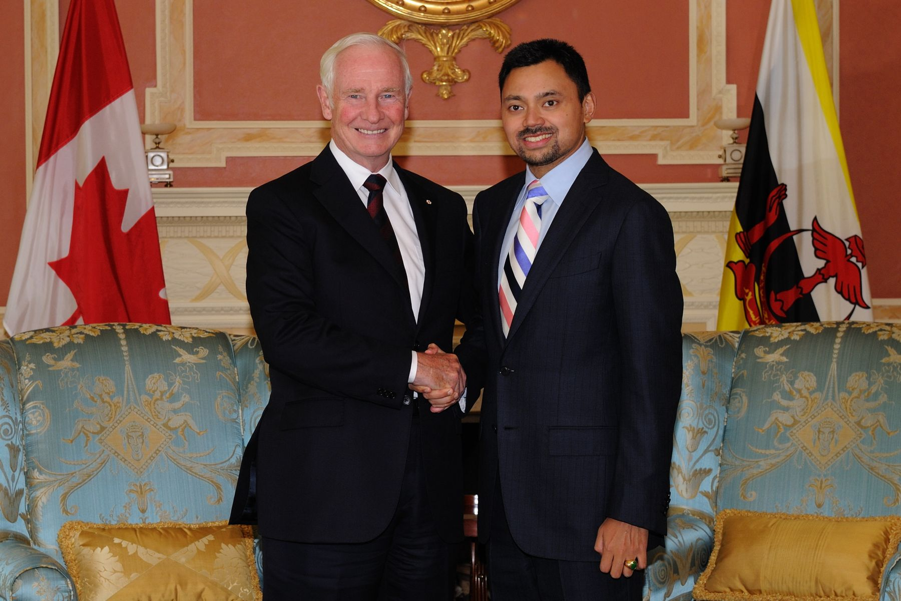 His Excellency the Right Honourable David Johnston, Governor General of Canada, welcomed His Royal Highness Prince Haji Al-Muhtadee Billah, The Crown Prince of Brunei Darussalam and Senior Minister to the Prime Minister of Brunei Darussalam, on September 16, 2011.