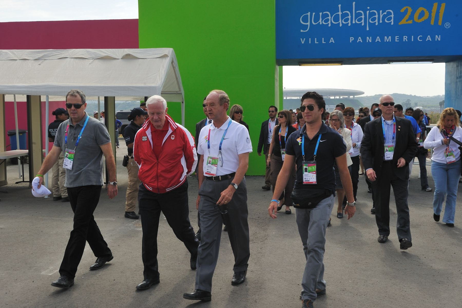 On his final day in Guadalajara, Mexico, His Excellency the Right Honourable David Johnston, Governor General of Canada, visited the Athletes' Village. Upon his arrival, he was welcomed by Mr. Nick Van der Kaaij, Village Mayor.