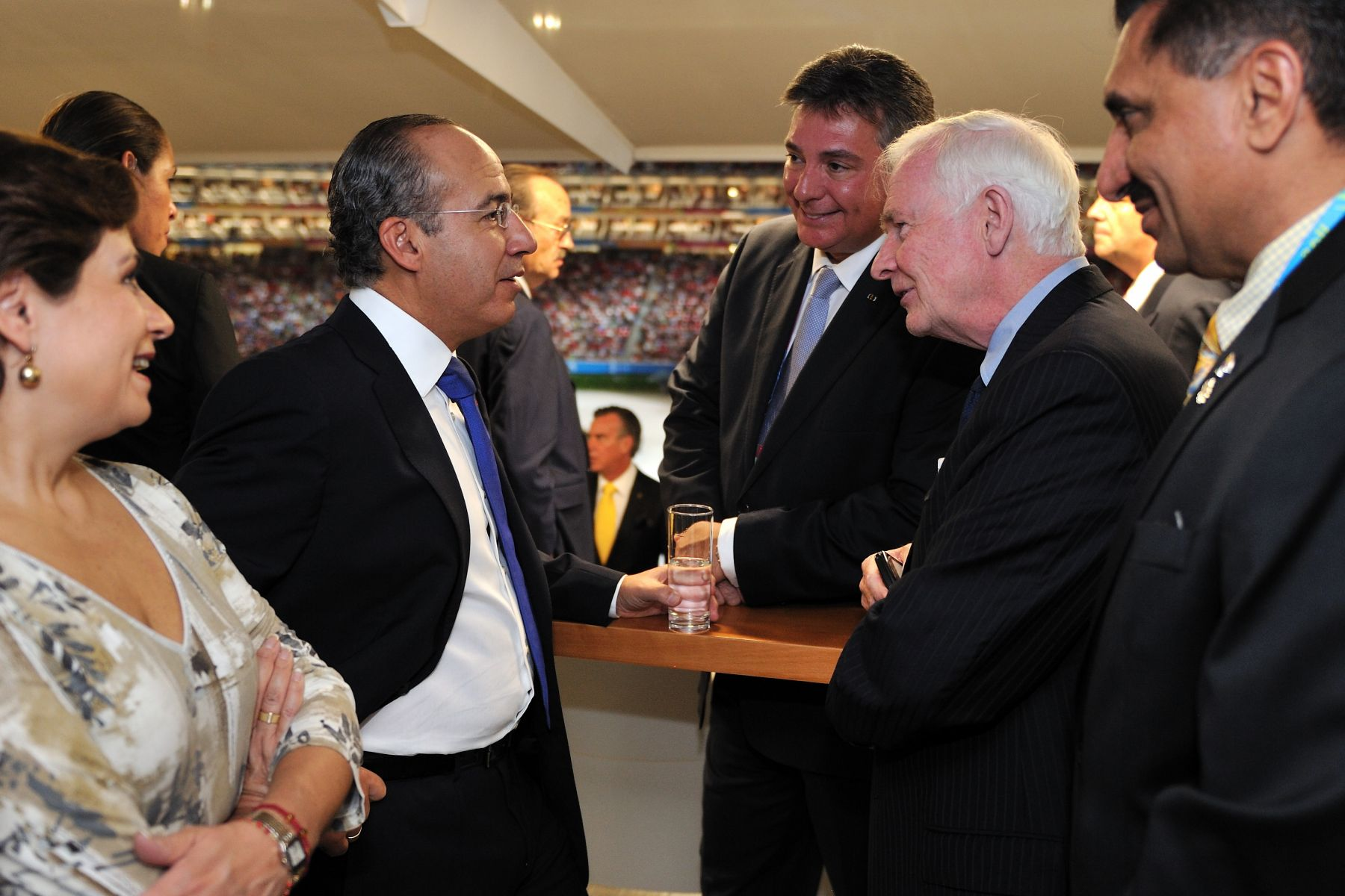 before the ceremony, he had the opportunity to meet with His Excellency Felipe Calderón Hinojosa, President of the United Mexican States (left).
